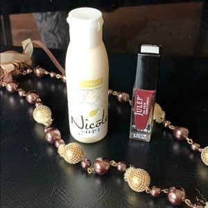 OPI hand cream + necklace + free gift